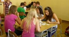 Studenti Masarykova gymnázia Příbor během výukového programu Neviditelná ruka trhu.Foto Kateřina Štěpničková